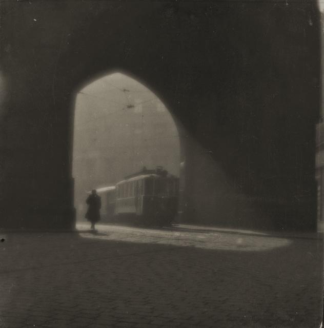 , 'Rue de Prague,' 1924, Jeu de Paume