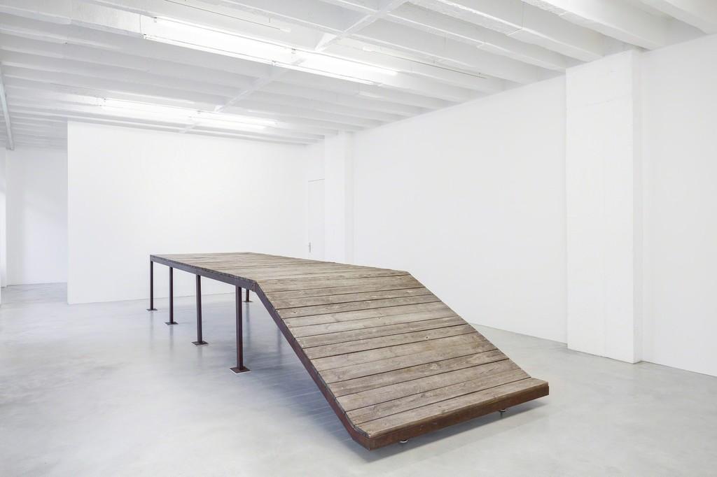 690 x 190 x 102, 2006, steel, wood, felt, 690 x 190 x 102 cm, Installation view Galerie Nordenhake Berlin