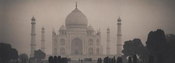 , 'Taj Mahal, Agra, Uttar, Pradesh, India,' 2002, Galerie Commeter / Persiehl & Heine
