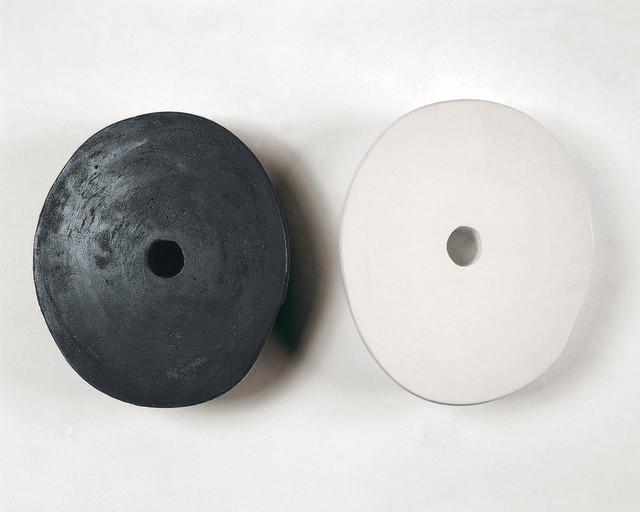 , 'Untiled from Pequenos Ausentes (nera y blanca),' 1996/2001, Galleria Raffaella Cortese