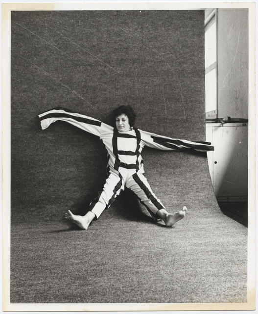 ", 'Photographic documentation of the performance ""Para um corpo nas suas impossibilidades"",' 1985, Galeria Jaqueline Martins"