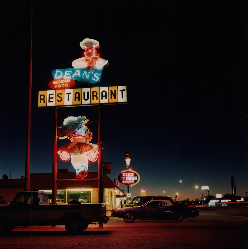 Derrick Santini – Dean's Restaurant, USA, 1989