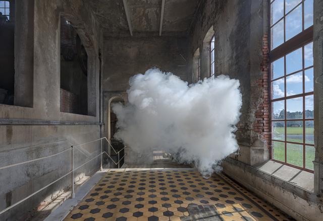 Berndnaut Smilde, 'Nimbus de Toekomst 2', 2019, Ronchini Gallery