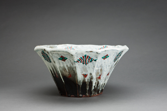 , 'Bowl, black and white glazes with akae decoration,' , Pucker Gallery