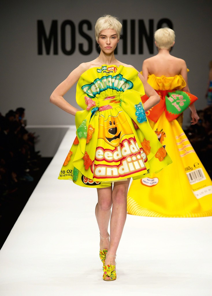 The Vulgar: Fashion Redefined, Jeremy Scott for Moschino, Dress, Autumn/Winter 2014–2015, Ready-to-wear, Courtesy Moschino