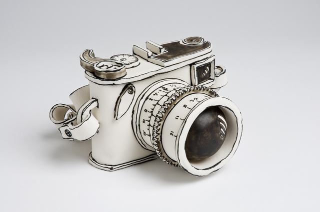 Katharine Morling, 'Camera', 2016, Sculpture, Porcelain and black stain, Priveekollektie Contemporary Art | Design