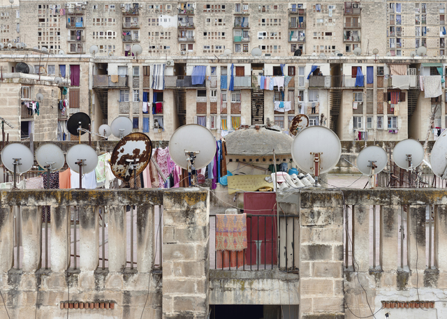 ", 'Alger, Cité ""Diar El Mahçoul"", Simple Confort n°1,' 2012, Galerie Kornfeld"