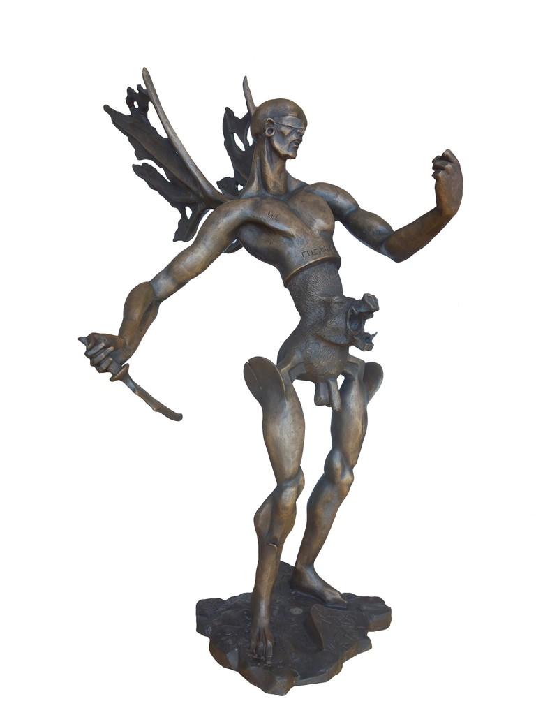 Icarus. Year 2017. Sculpture lost wax bronze. Unique piece. 59 x 34 x 48 cm-23,2¨x 13,4¨x 18,9¨. Artist: Eric Aman