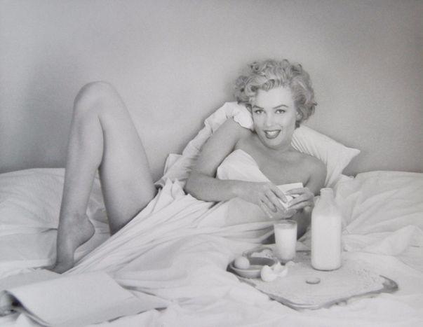 André de Dienes, 'Marilyn Monroe. Petit déjeuner au lit (1953)', 2006, Kunzt Gallery