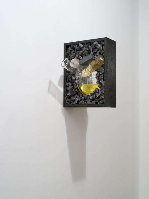 , 'Estojo #11,' 2011, Templon